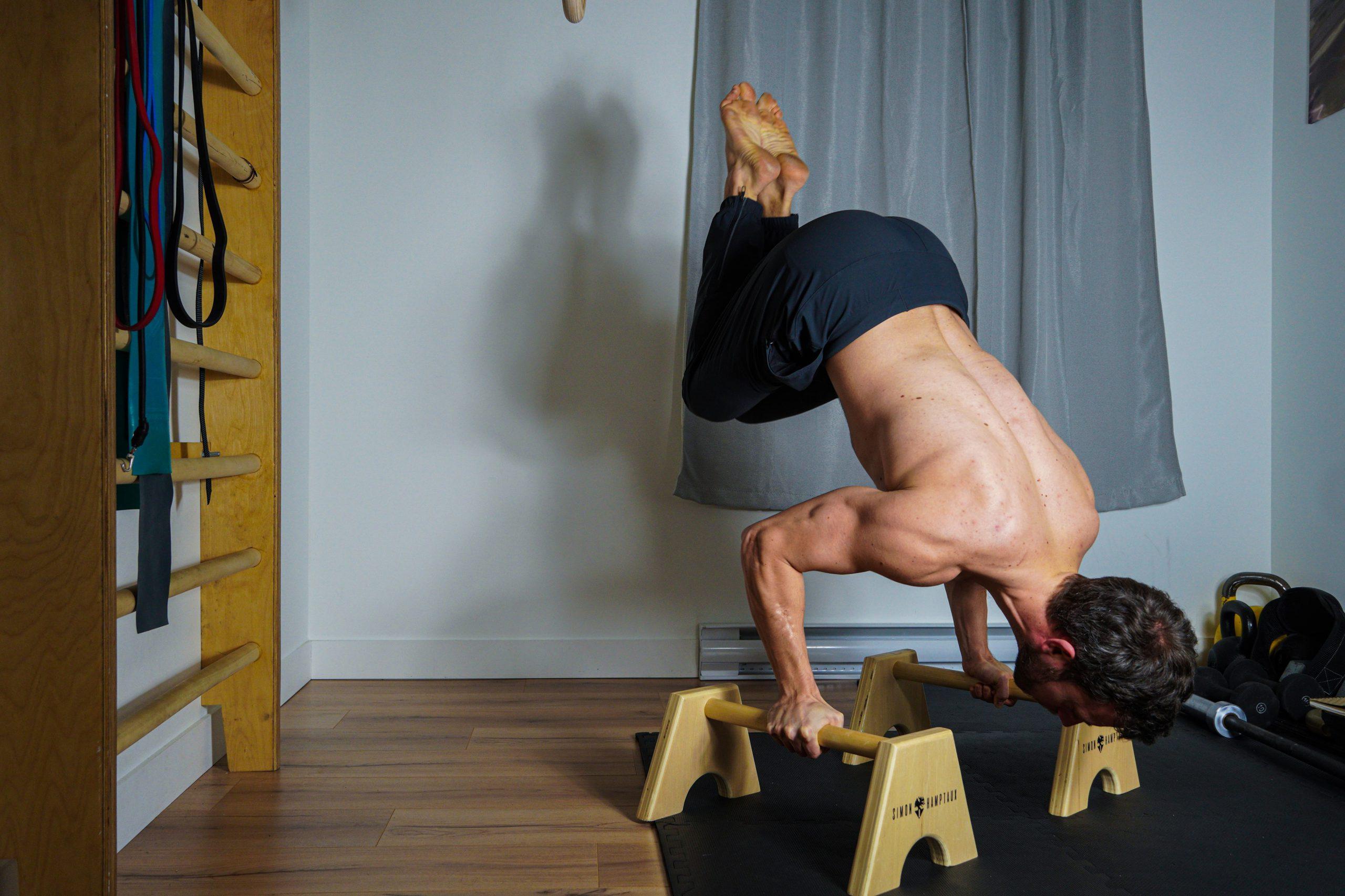 Réussir le l-sit to bent arm press to handstand