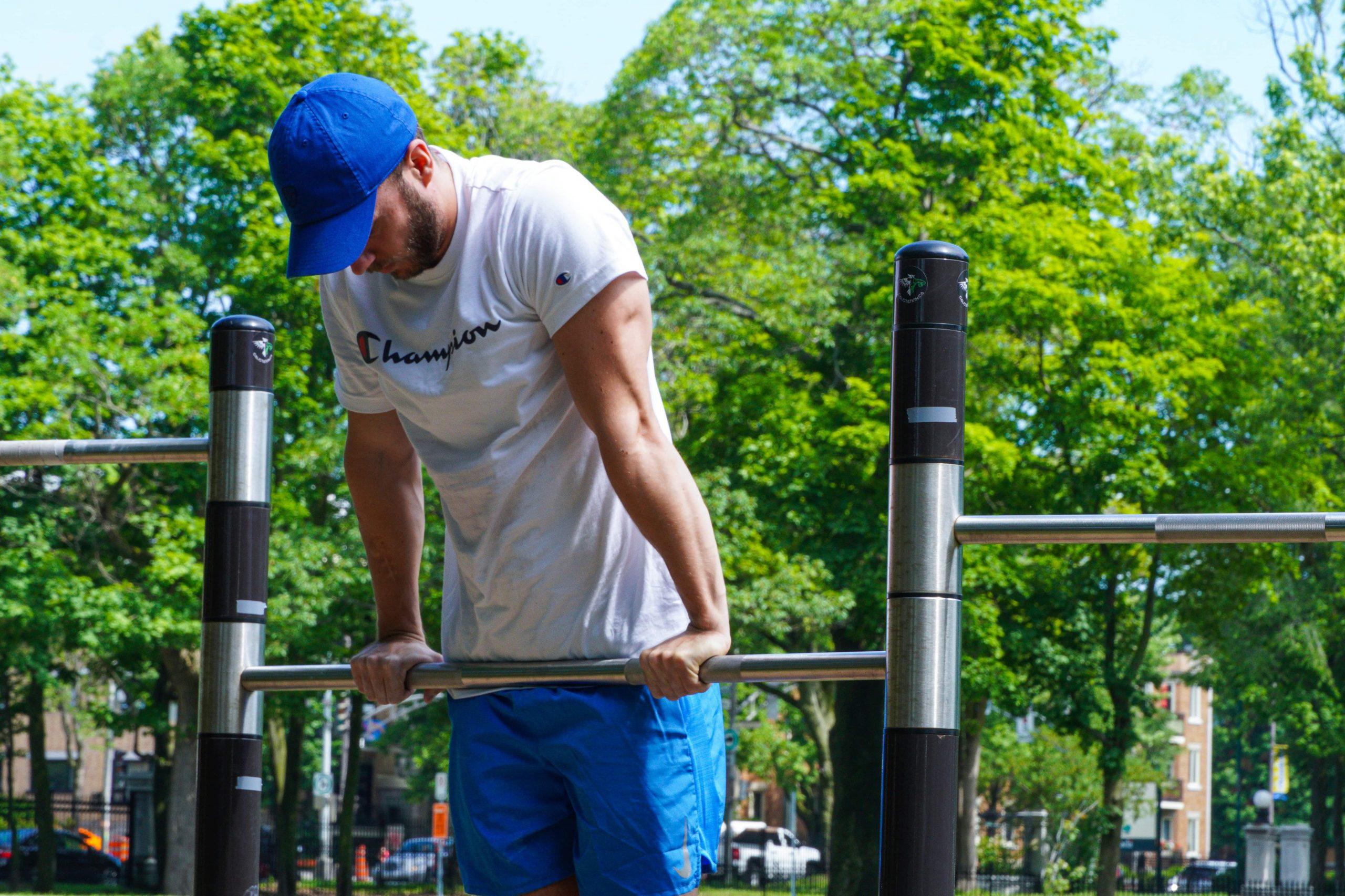 Muscle-up à la barre : 3 erreurs fréquentes